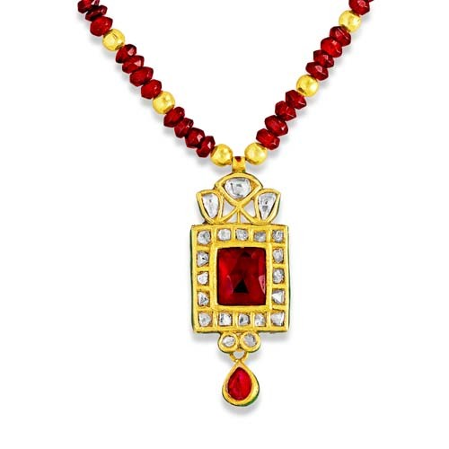 Jadau Pendant set with 1.65cts. Diamonds and Garnet