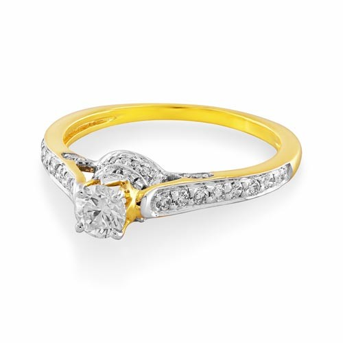 0.72ct. diamond ring set with diamond in engagement ring