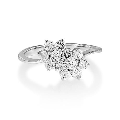 0.87ct. diamond ring set with diamond in cluster ring