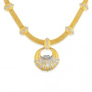 4.67ct. diamond necklace set with diamond in designer necklace