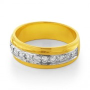 0.35ct. diamond ring set with diamond in band ring