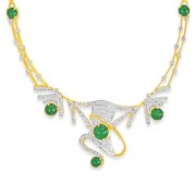 5.97ct. emerald necklace set with diamond in traditional necklace