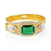25.3ct. simulated emerald bracelet set with diamond in designer bracelet