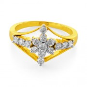 0.62ct. diamond ring set with diamond in flower ring
